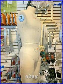 Alva by Alvanon Men's Sz 40, 2005 Professional Dress Form Full Body. Made in USA