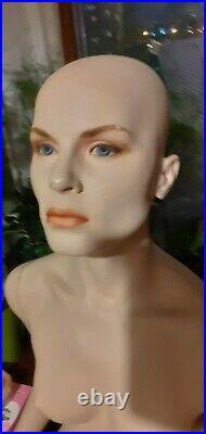 Hindsgaul mannequin