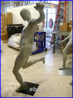MALE MANNEQUIN ATHLETIC SOCCER FOOTBALL KICKER PUNTER POSE With BASE STAND
