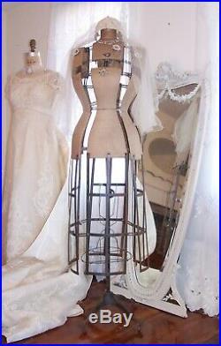 OMG! 1926 Antique Dress formMannequinCage & WheelsFrench Displaywasp waist