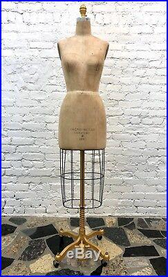 Vintage Cosmopolitan / Wolf Dress Form Size 4 Model 1997