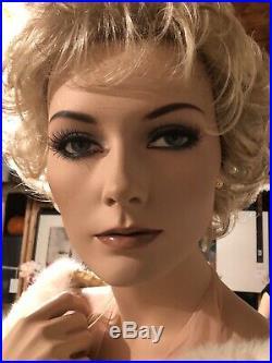 Vintage Mel Martin Adel Rootstein Mannequin